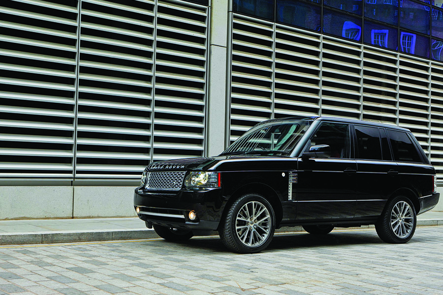 1_0001_2011-range-rover-autobiography-black-40th-anniversary-limited-edition-17 colour